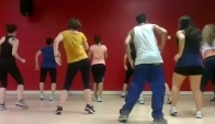 Chammak Challo Bollywood Zumba with Nilesh