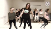 Dancing Girls - Zumba Cardio class in Nice - burn kcals while having fun
