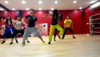 Way of Life Studio with Zumba Fitness Mumbai performing Bollywood Hit