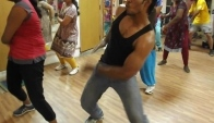 Zumba Ainvayi Ainvayi Bollywood Song Fitness