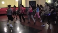 Zumba Fitness Bollywood Song Chamak Challo Ra One