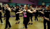 Zumba Fitness wih Chrissy Colocousis - Coconut Cumbia